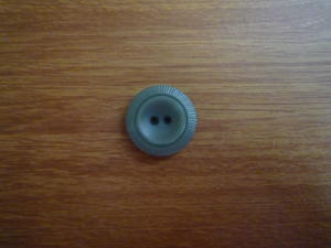 Knapp 4-håls 36mm fg. S701