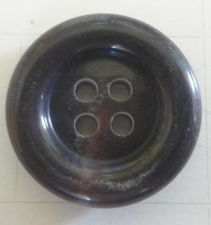 Knapp 4-håls 5720 20,5mm Brunmellerad